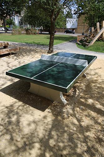Park table tennis table