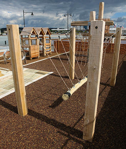 Playground rope group swing
