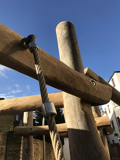 robinia play structure