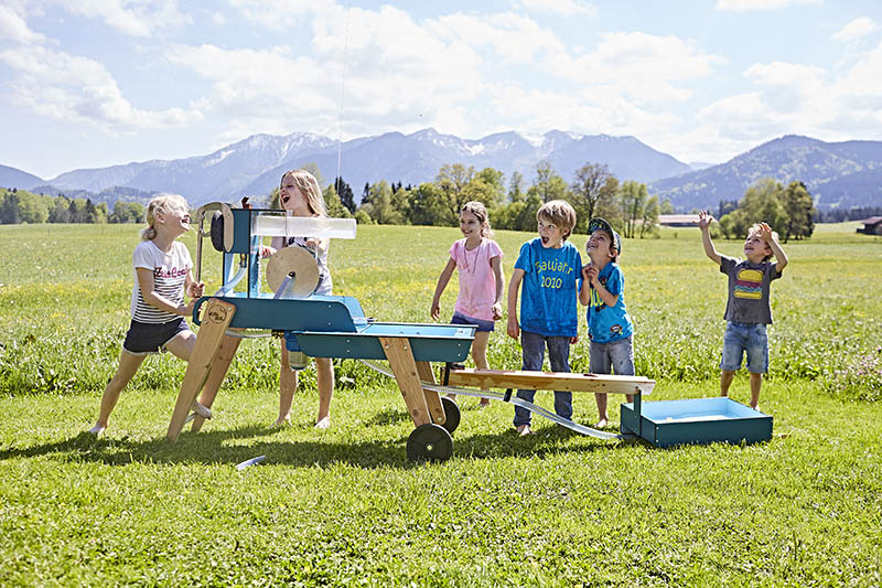 outdoor water play equipment