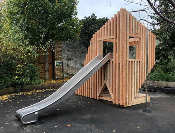Cantilever Play Frame Photo